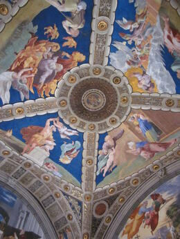 Photo of Rome Skip the Line: Vatican Museums Walking Tour including Sistine Chapel, Raphael's Rooms and St Peter's Plafond Rafäel, schitterende kleuren