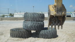 Photo of Las Vegas Dig This: Construction Playground 2,000lb Tyres