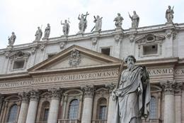 Photo of Rome Skip the Line: Vatican Museums Walking Tour including Sistine Chapel, Raphael's Rooms and St Peter's Front Of St Peters Basillica