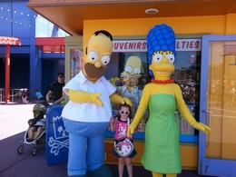 Lanie with Homer & Marge next to Kwik-E-Mart, Becky - October 2014