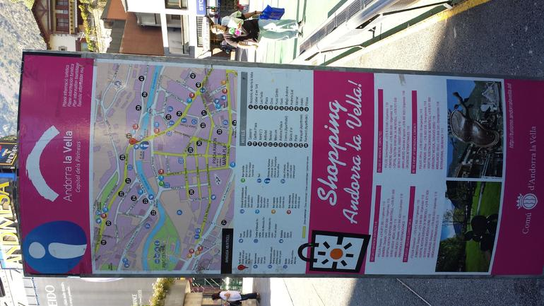 Map of Shopping in Andorra La Vella - Barcelona