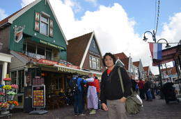 Photo of Amsterdam Amsterdam Super Saver 3: City Tour, Zaanse Schans Windmills, Volendam and Marken Day Trip Volendam