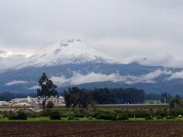 A fabulous view of Cotopaxi - well worth the wait! , Nancy B - March 2014