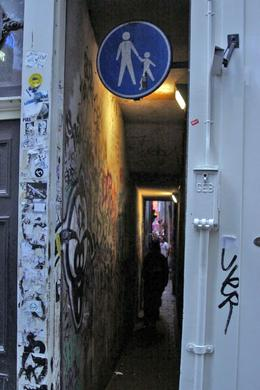 Photo of Amsterdam Amsterdam Red Light District Walking Tour The skinniest alley in the Red Light District
