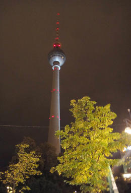 Photo of Berlin Berlin City Hop-on Hop-off Tour TV Toweer - Berlin