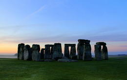 waiting for the sunrise at stonehenge....amazing view! , CECILE - September 2011