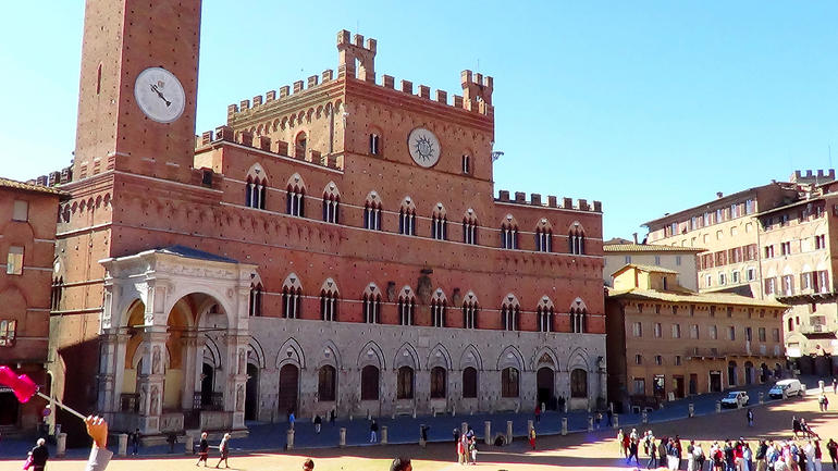 Middle of Siena - Florence