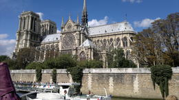 An imposing view. Taken from the Seine River. , Travelplanner - October 2011