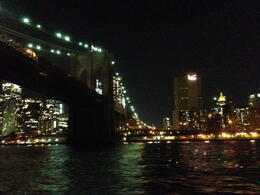 Photo of New York City Shared Departure Transfer: Hotel to New York City Airports Pont de Brooklyn