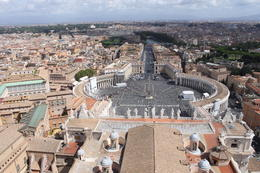 Photo of Rome Skip the Line: Vatican Museums, Sistine Chapel and St Peter's Basilica Half-Day Walking Tour st Pieterplein