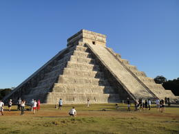Photo of Cancun Chichen Itza Day Trip from Cancun a sunny day at chichen itza