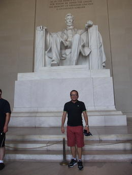 Great tour to DC. It's something you can't pass. , Mario S - July 2013
