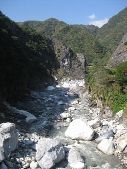Photo of Taiwan Taroko Gorge Full-Day Tour from Taipei Rocks
