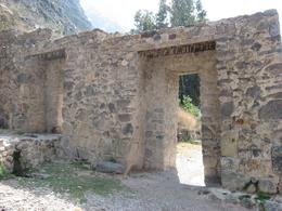 Ruin at Ollantaytambo, Bandit - December 2010