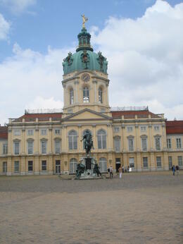 Photo of Berlin Charlottenburg Palace: Dinner and Concert with River Spree Sightseeing Cruise Palace front