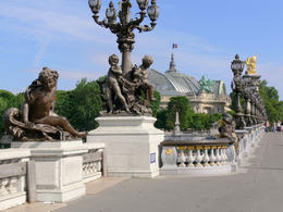 Of the many bridges over the Seine,this is one of the most attractive. , Roger W - August 2011