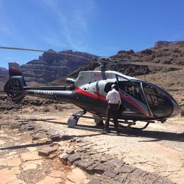 Stopping off in the Grand Canyon for champagne and nibbles!, Tyler - July 2014