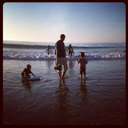Hanging out on the beach in La Jolla , Skootre - December 2011