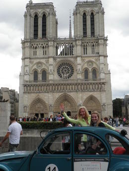 Ozzie's first view of Notre Dame on Day One , Kim I - June 2011