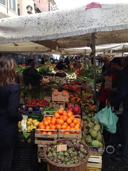 Photo of Rome Small-Group Cooking Lesson in Rome Compras no Campo dei Fiore