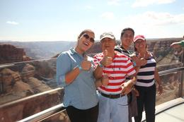 Photo of Las Vegas Grand Canyon and Hoover Dam Day Trip from Las Vegas with Optional Skywalk paseo familiar