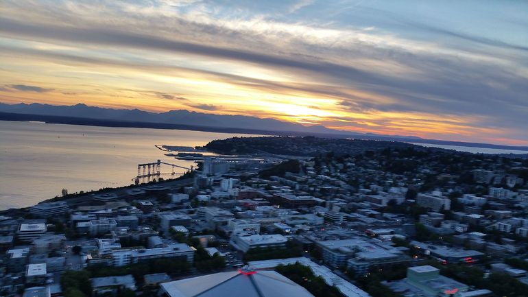 Spectacular sunset from the Space Needle
