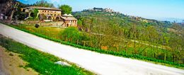 Beautiful houses in Tuscany , Lee - April 2015