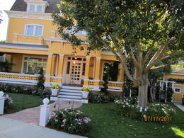 Photo of Los Angeles Skip the Line: Front of Line Pass at Universal Studios Hollywood Wisteria Lane