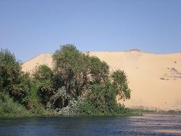 The contrast of colours with the water, trees and orange sand dunes is amazing - June 2008