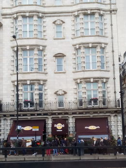 Hard Rock Café London , Lucía P - December 2015