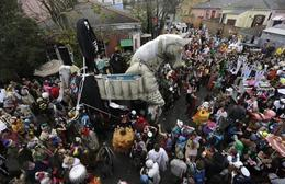 Photo of New Orleans Viator VIP: 4-Day Ultimate Mardi Gras Experience Horse float.jpg