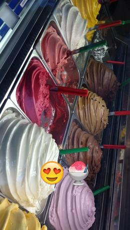 Our last stop, Ed's ice ream and gelato! Awesome flavors like burnt marshmallow and cassis! , Marianne V - August 2014