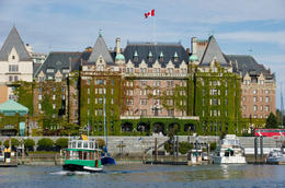 The historical Empress Hotel and boats in the harbour - May 2011