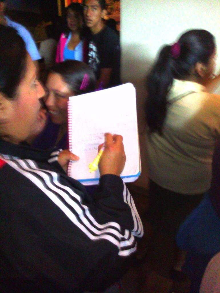 Mexican students taking notes everywhere with each Exhibit - Mexico City