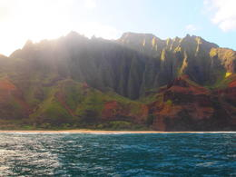 Photo of Kauai Napali and Ni'ihau 'The Forbidden Island' Kauai Snorkel Cruise Stunning cliffs