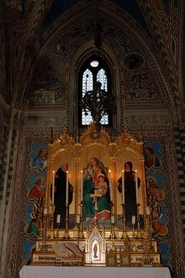 Inside the chapel at the castle, Matt G - April 2009
