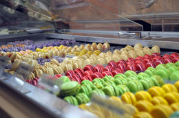 Photo of New York City Gossip Girl Sites Tour MACARONS!!!