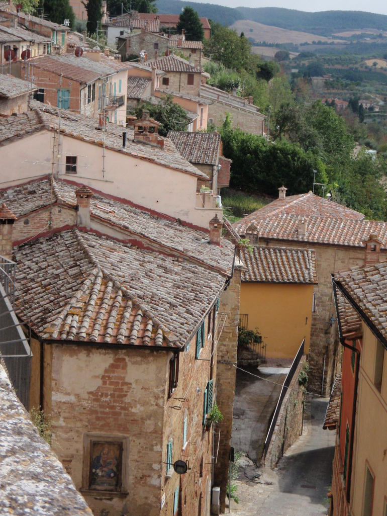 Montepulciano rooftop view - Rome