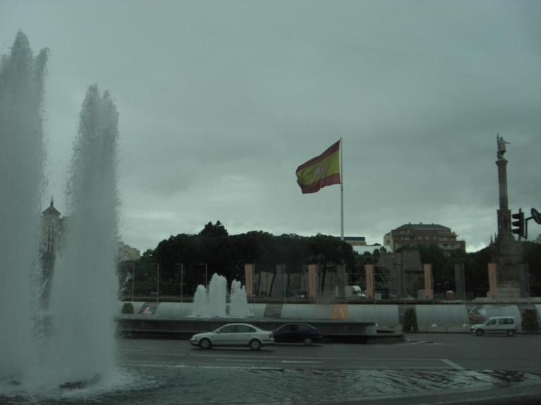 Spain Flag and Fountain - Madrid
