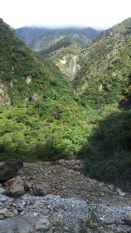 Photo of Taipei Taroko Gorge Full-Day Tour from Taipei Amazing view of a waterfall