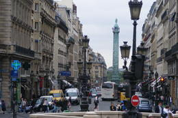 Photo of Paris Paris L'Open Hop-On-Hop-Off Tour Very busy Paris streets