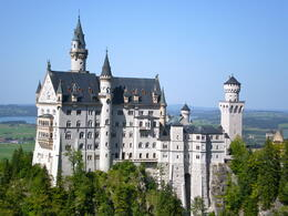 Photo of Munich Royal Castles of Neuschwanstein and Linderhof Day Tour from Munich Nueschwanstein