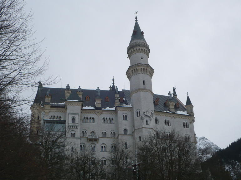 the castle in winter - Munich