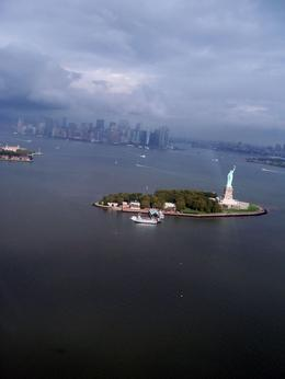 Photo of New York City Manhattan Sky Tour: New York Helicopter Flight Viacheslav (Ukraine) and Lesya (Ukraine) + Sergey (USA) over N.Y.City