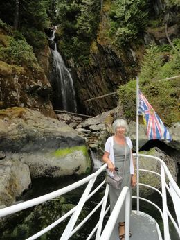 I was in the photo in front of the waterfall. Everyone was taking turns being photographed in front of the waterfall. The entire trip was beautiful scenery, wonderful service. Very good lunch..., twpokey - June 2015