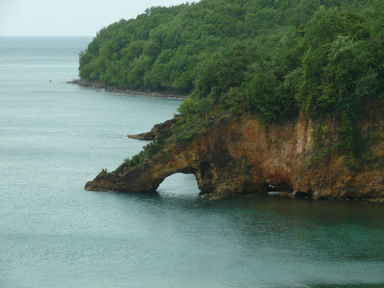 hole in rock - St Lucia