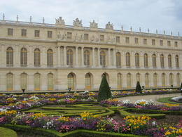 The gardens of Versailles complement the palace buildings beautifully. , Pennytrum - September 2012