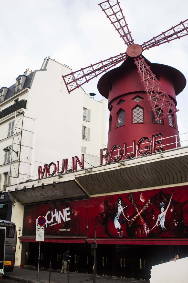 Moulin Rouge from Bus
