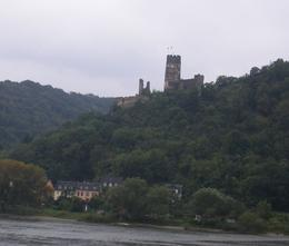 Many castles, churches and beautiful scenery. , krdrose1 - October 2014