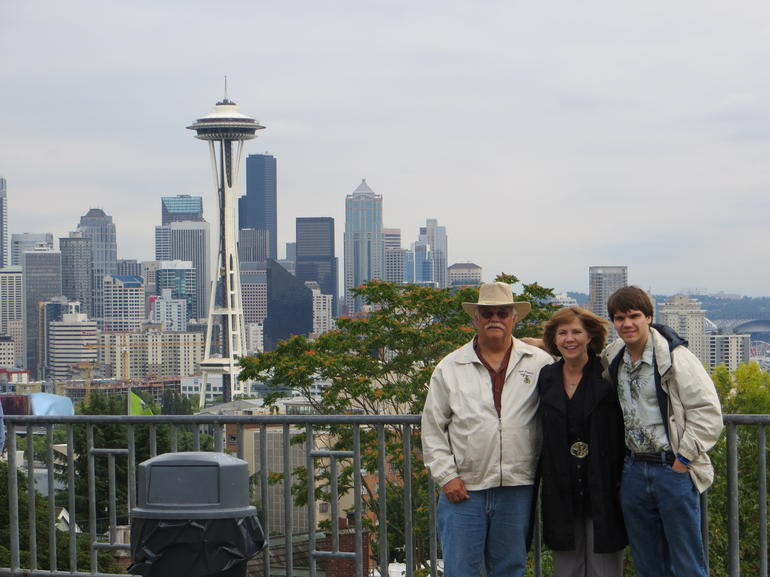 Seattle skyline with family